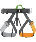 Panji harness Petzl specific to high ropes courses